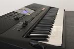 Yamaha-PSR-E453-im-Einsatz-1_028d22c5a0a38f959bec5cee20719c69