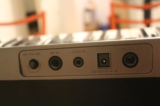 Casio-LK-265-Anschlüsse