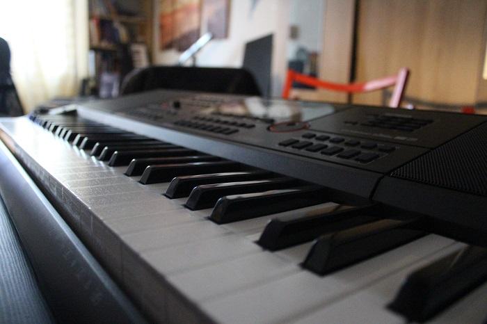 Casio CTX-5000 Keyboard Modell